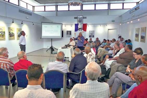 Willy Gatuhau présente Païta au Conseil économique, social et environnemental