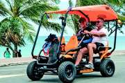 Un véhicule à quatre roues s'invite au dimanche en modes doux