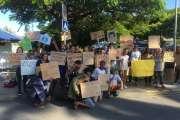[VIDÉO]Plus de 500 lycéens réunis devant le gouvernement pour le climat