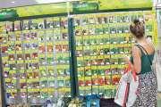 Confinement : les Calédoniens se préparent, des commerces pris d'assaut