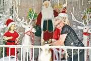 Les époux Martin se (re)transforment en mère et en père Noël