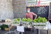 Les restaurateurs continuent d'apporter leur aide aux agriculteurs