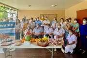 Des paniers garnis offerts au centre de vaccination