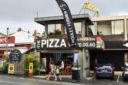 La famille de Dominique Dumortier rouvre The PizzaNouméa