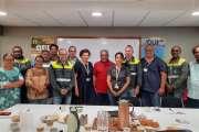 Le collectif des salariés de la SLN rencontre l'UNI Louis Mapou