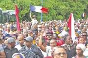 Girardin à Mayotte pour  trouver une issue à la crise