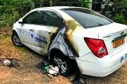 Une voiture de l'Asamad incendiée aux pieds des tours