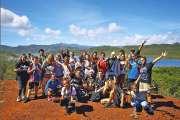 Trois cents lycéens en visite au parc de la rivière Bleue