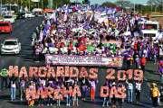 100 000 femmes du monde rural manifestent contre Bolsonaro