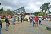 Mobilisation des parents d'élèves et débrayage au lycée du Grand Nouméa