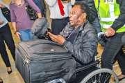 Pelé rassurant sur sa santé après les propos de son fils