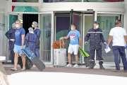 « Bien traités » mais soulagés de sortir, ils ont quitté l'hôtel et regagné leur foyer