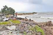 Vagues et vents violents : 27 disparus sur un ferry