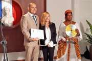 Claudine Jacques reçoit le Grand prix Culture et littérature