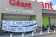 [MàJ] Le Géant Sainte-Marie et le Leader-Price de Magenta restent bloqués