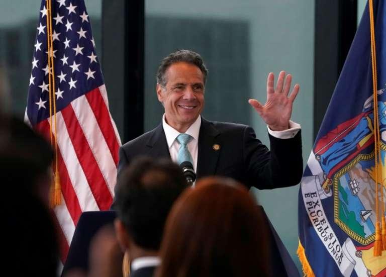 Accablé par une enquête pour harcèlement sexuel, le gouverneur de New York de plus en plus fragilisé