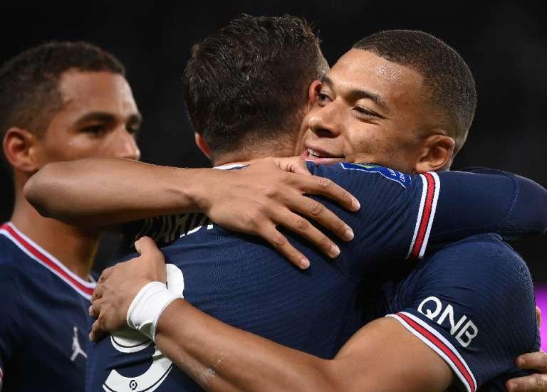 Ligue 1: le Paris SG punit Lyon sur le gong