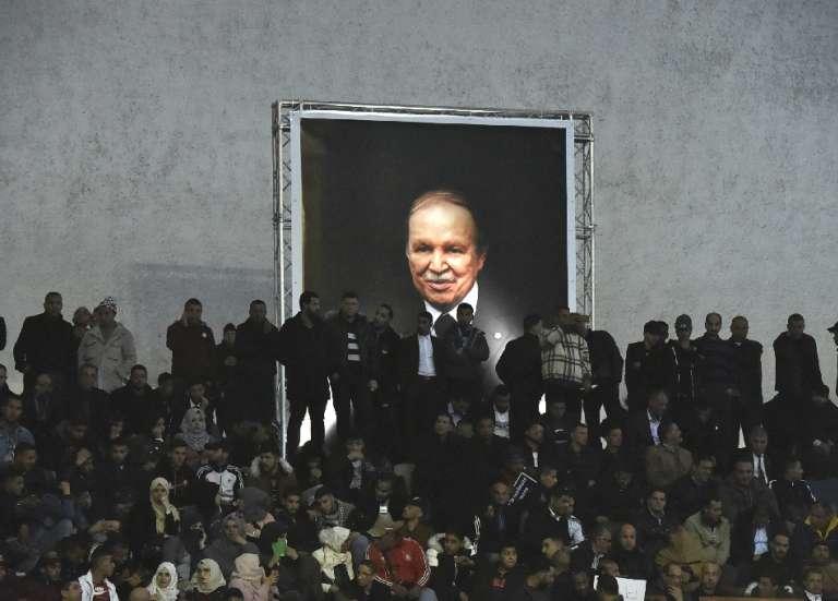 L'ex-président algérien Bouteflika est mort, réactions ambivalentes