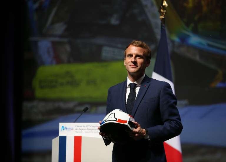 Secours d'urgence: le 112 à l'essai dès 2022, annonce Macron