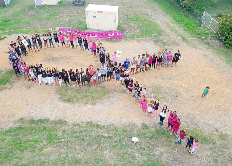 Oktobre rose apporte son aide aux personnes vulnérables