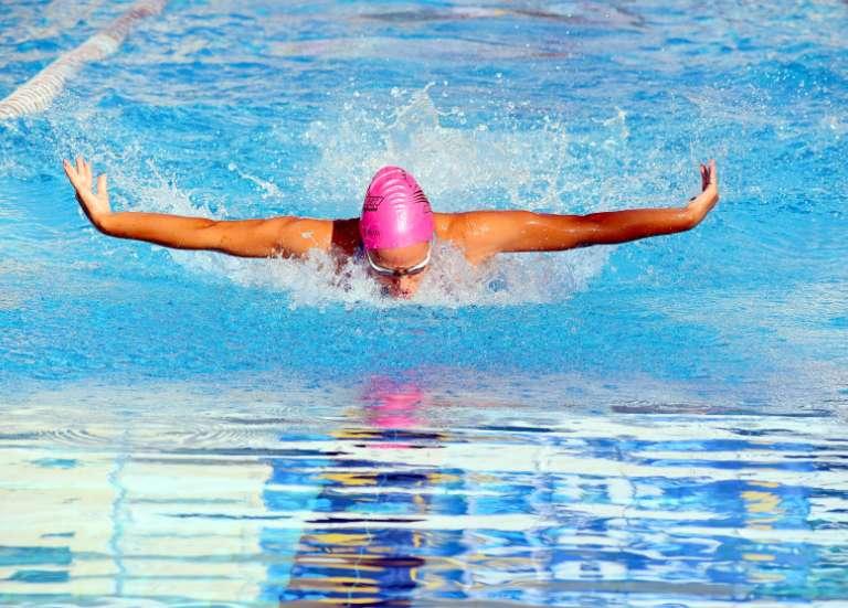 Malou Douillard, une Dumbéenne en équipe de France de natation