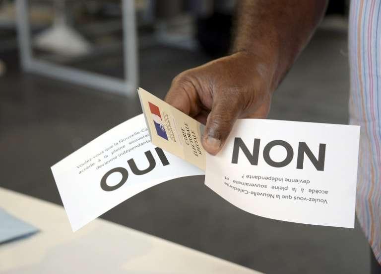 Pour Gil Brial, Sonia Backès et Nicolas Metzdorf, pas question de reporter le référendum