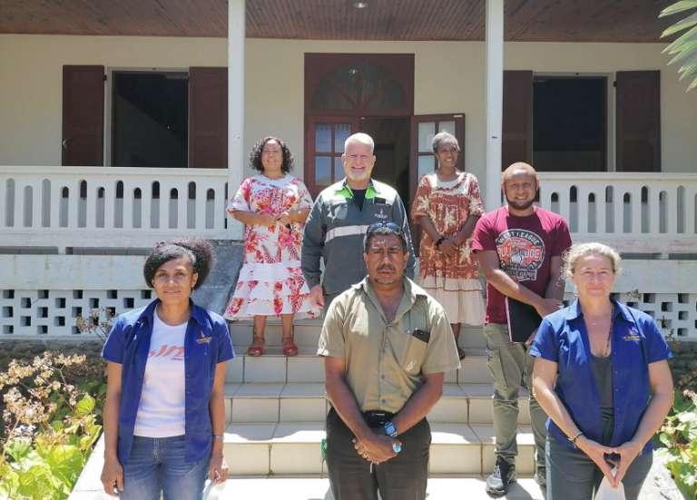 La SLN accompagne Mara Jati pour la revégétalisation des tribus