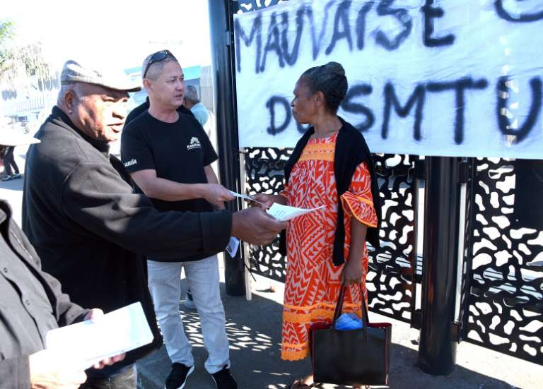 Transports en commun à Nouméa : face au retard de paiement, les salariés mobilisés